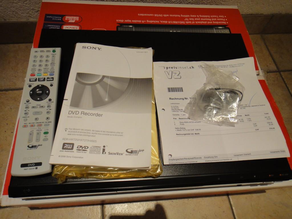 2de733d4b8b7 A vendre - Lecteur enregistreur DVD HD Sony RDR-HX725 (DivX) - Chez ...